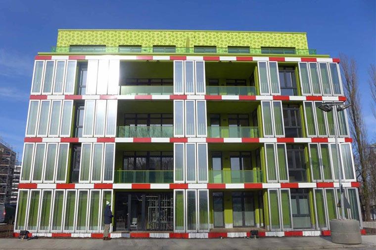 Bio-adaptive facade by ARUP